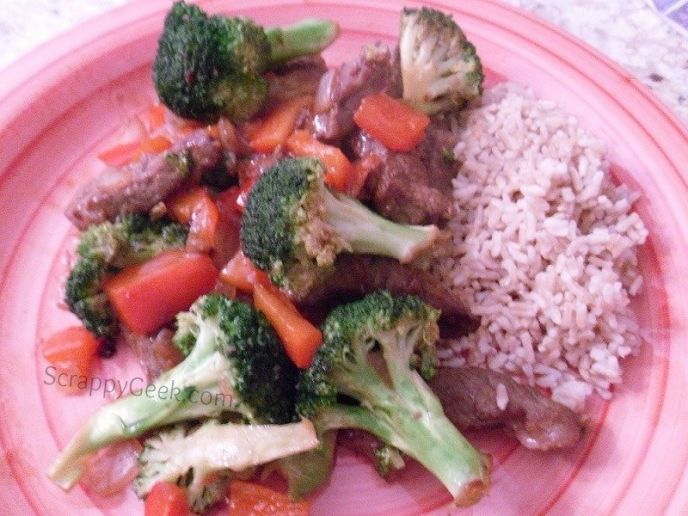 Beef and Veggie Stir-Fry Recipe – Under 500 Calories!