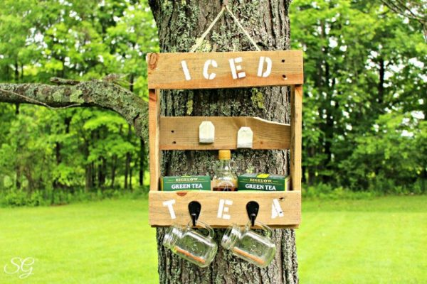 Bigelow Pallet Iced Tea Station