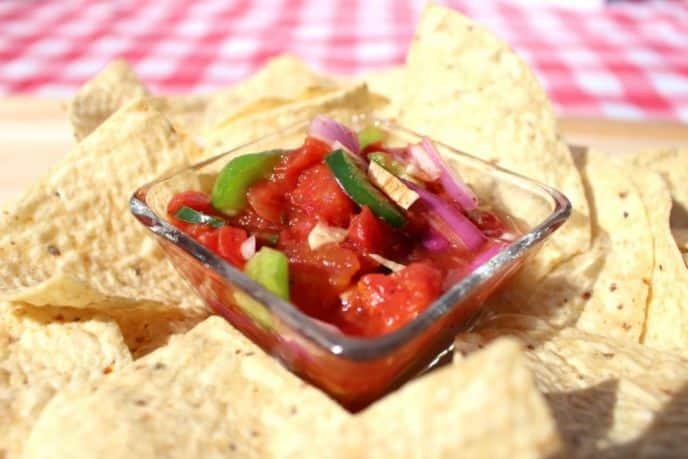 Easy Homemade Chunky Salsa