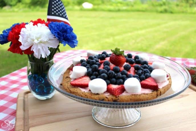 4th of July Red, White and Blue Cookie Pizza