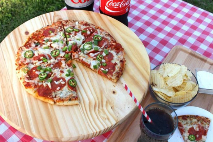 Easy Grilled Pizza Dinner
