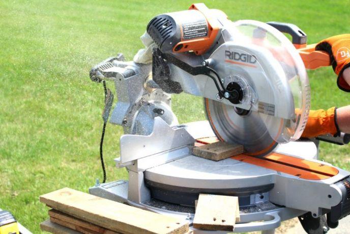 12 inch RIDGID Compound Miter Saw
