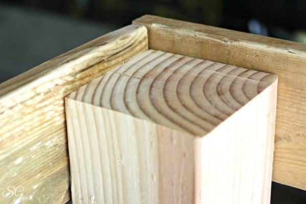 DIY Coffee Table Joint