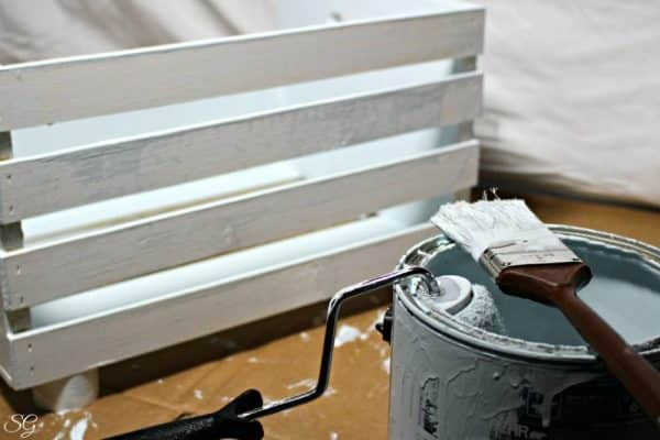 Painting Wood Crate Cat Bed