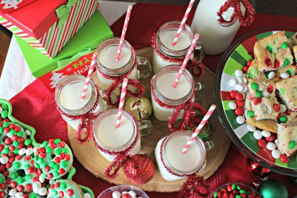 Deck The Halls Party Idea Milk Mugs