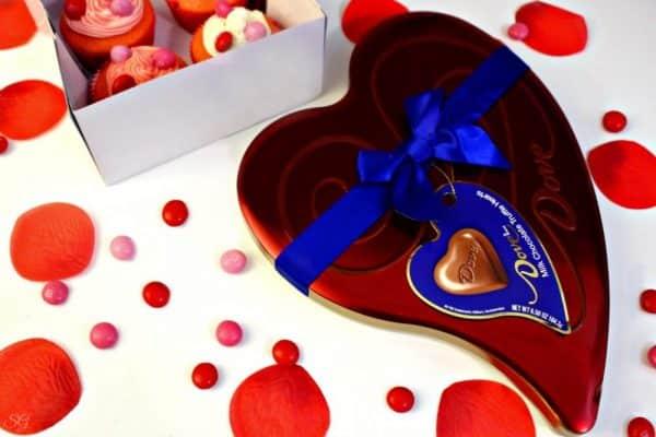 DOVE® Heart Shaped Chocolate Tin