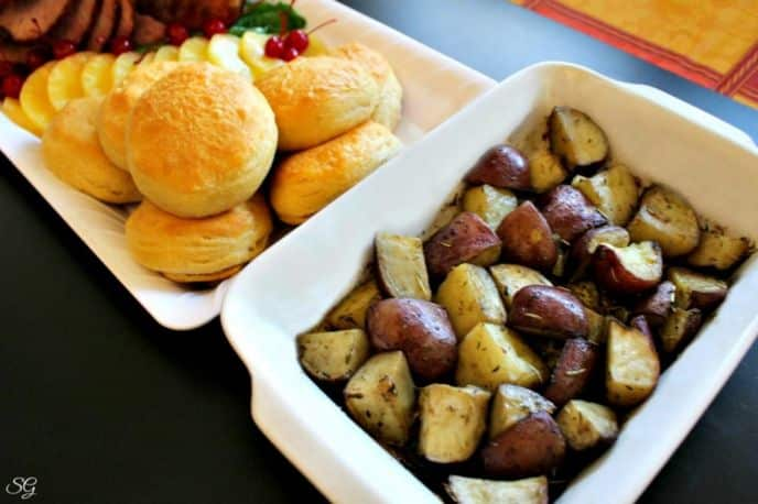 Roasted Red Potatoes with Thyme and Rosemary