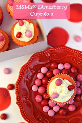 M&M's® Strawberry Cupcakes for Valentine's Day