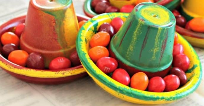 DIY Terra Cotta Pot Sombreros