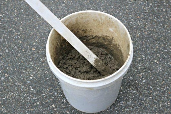 Mixing Quick Set Concrete for Fire Bowl
