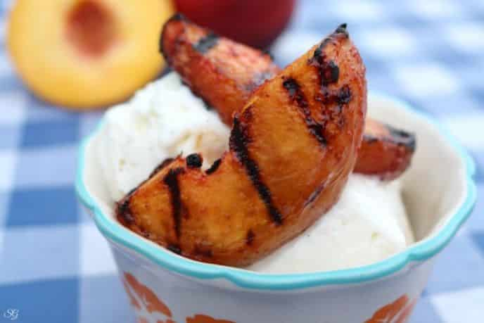 Grilled Peaches Dessert – Scrappy Geek