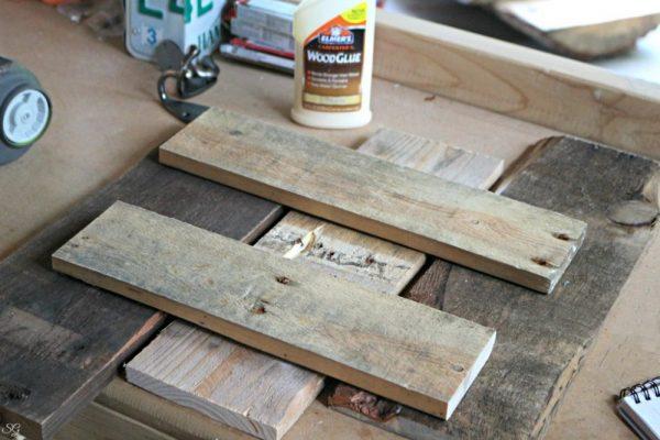 Building A Wood Pallet Coat Rack