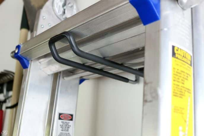 Rubbermaid FastTrack Ladder Hook