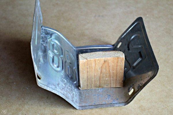 License Plate Folding for DIY Pencil Holder