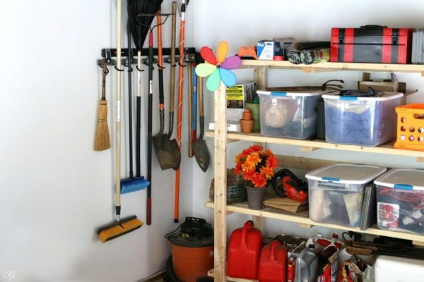FastTrack Storage with Dual Handle Hooks