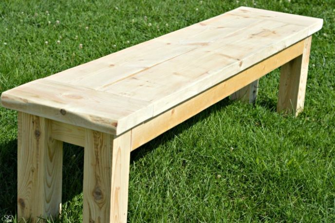 Rustic DIY Seating Bench