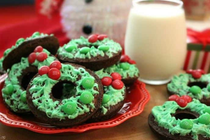 Holiday Wreath Brownies with M&M's® Candy Decorations