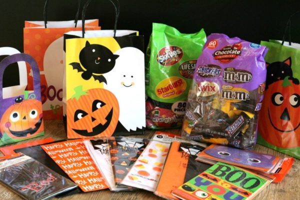 American Greetings and MARS Candy for Halloween