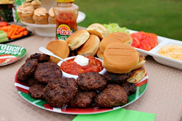 Football Party Food! Taco burger sliders with all the fixings!