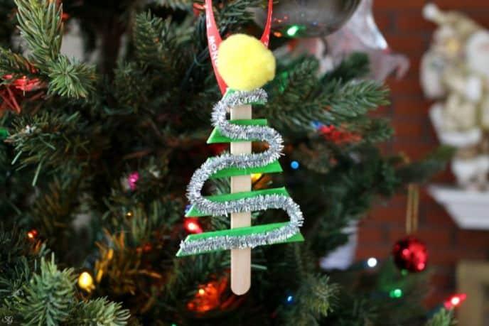 Simple DIY Christmas Tree Ornaments