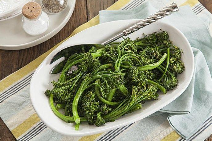 Christmas Broccolini Side Dish