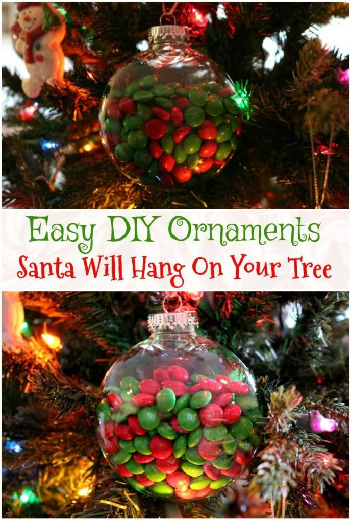 Does Santa leave ornaments on your tree? Try these sweet DIY Christmas ornaments, Santa knows what you like! Easy DIY M&M's® Christmas tree ornaments from Santa! #SweetSquad
