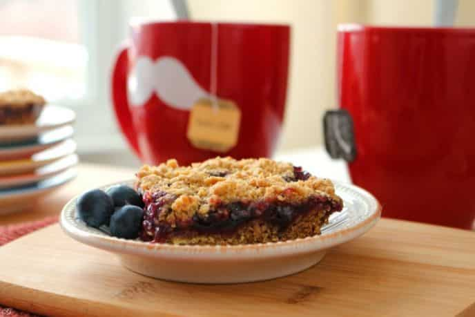 Blueberry Cinnamon Crumb Bars Recipe