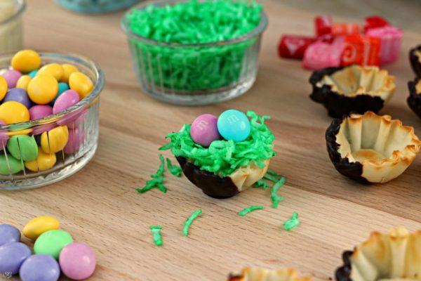 Easy M&M's Easter Dessert Snack