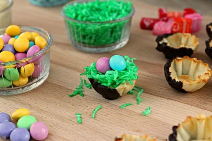 Easter M&M's snack recipe