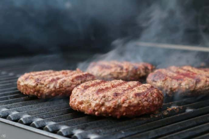 Grilling Hamburgers on Charbroil TRU Infrared Grill