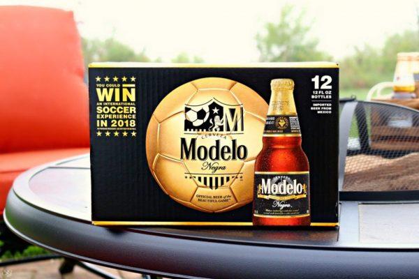 Modelo Negra 12 Pack of Beer