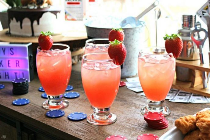 Poker Night Strawberry Cocktails