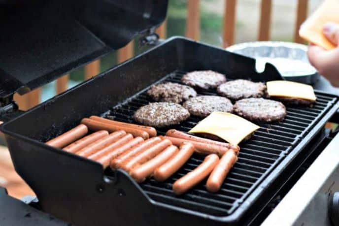 Make Hamburgers On Grill