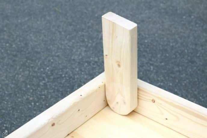 Cornhole DIY legs dry fitting with radius and angle cut