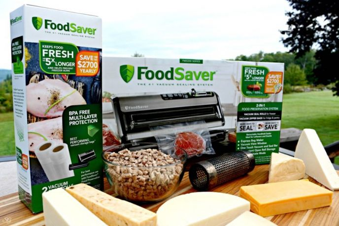 FoodSaver FM 5200 Series Vacuum Sealing System Food