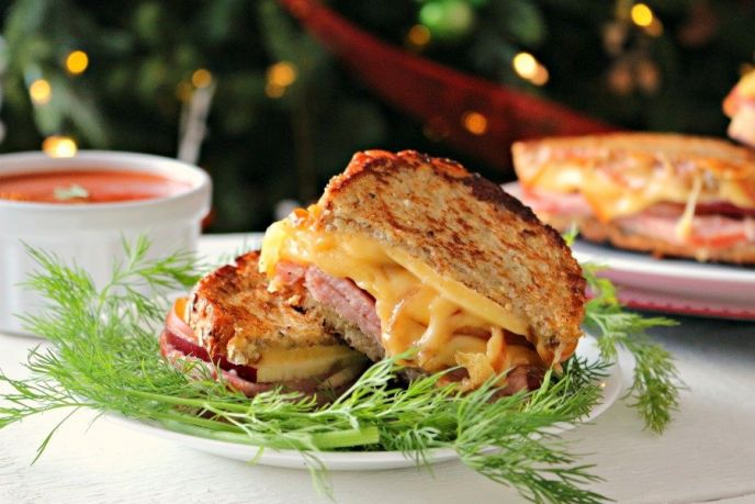 Hatfield® Ham and Smoked Gouda Grilled Cheese Sandwiches – Holiday Leftover Recipe!