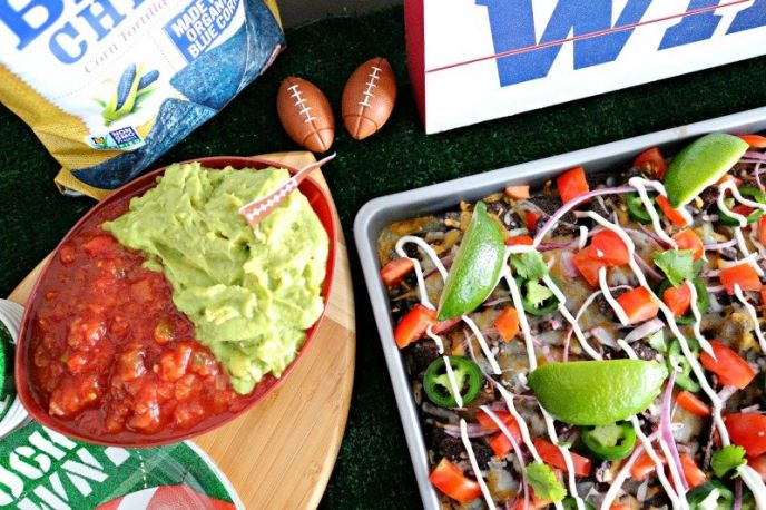 Big Game Better-For-You Sheet Pan Nachos!