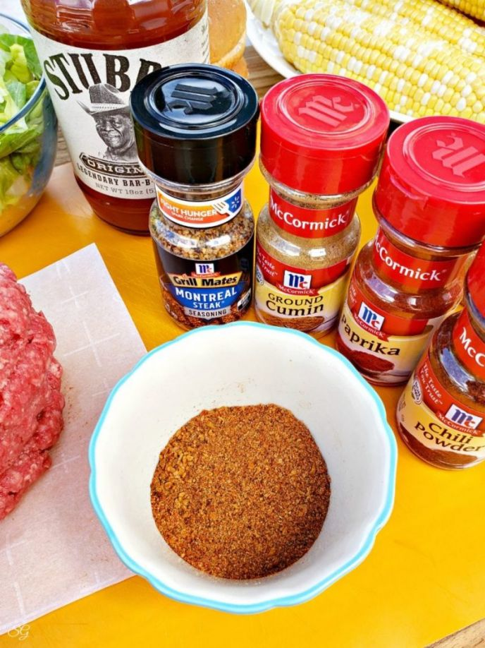 Easy and delicious dry rub to make taco burgers.
