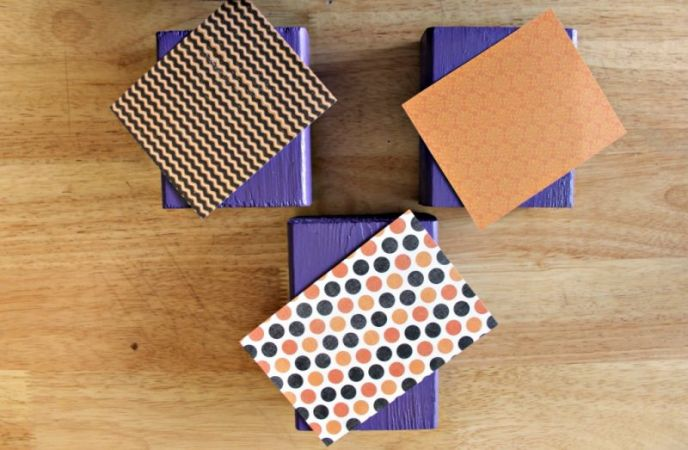 Crafting Halloween Decoration Boo Boxes
