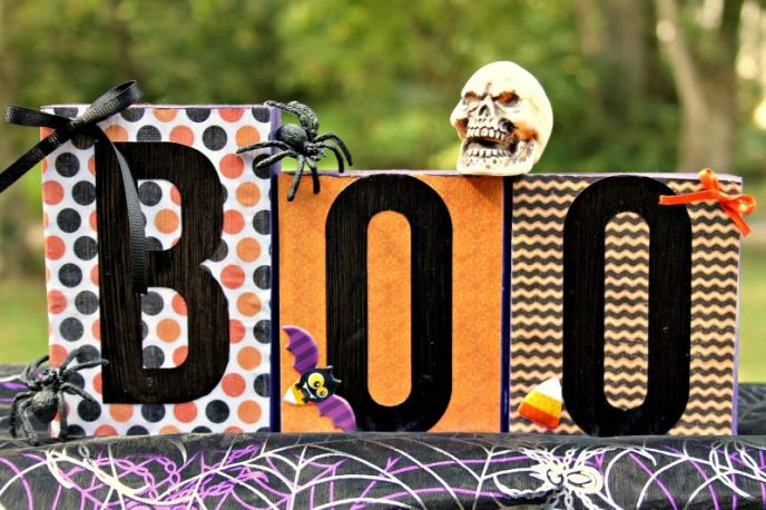 Halloween DIY Decor - Boo Boxes! Lettered boxes for Halloween decoration