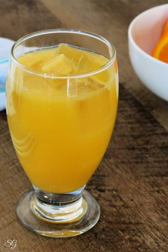 Ginger party punch recipe with OJ, Pineapple and Club Soda